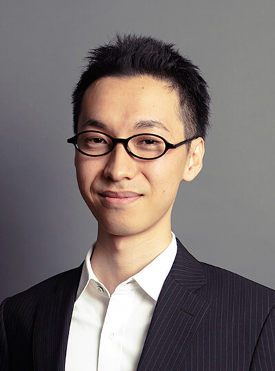 Shingo Okubo / Corporate Lawyer